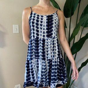 Forever 21 Blue Tie Dye Flowy Dress